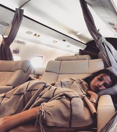 Julie Reidlfestyle Live your life like a dream Millionaire Lifestyle E Luxury Lifestyle Fashion, Rich Lifestyle, Wealthy Lifestyle, Luxury Girl, Influencer, Julie, Millionaire Lifestyle, Live Your Life, Luxury Living