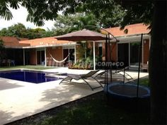 Casa Campestre en Venta - Jamundí - Área construida 1.500,00 m² - Precio: $ 680.000.000