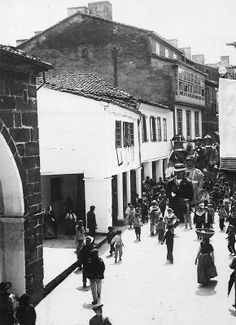 Los Gigantes desfilando por la Rúa Nueva  (1899)