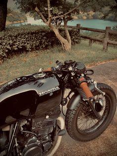 Cafe Racer Honda, Cafe Bike, Cafe Racer Bikes, Motorcycle Design, Motorcycle Bike, Motorcycle Wallpaper, Cafe Racing, Custom Cafe Racer, My Ride