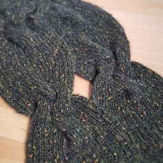 Ravelry: Braid Theory Cowl pattern by Sybil R
