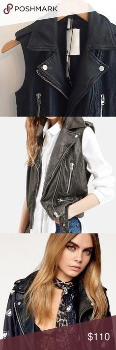 "Topshop Genuine Leather ""Sylvia"" Biker Vest US size 2 / UK size 6 ✨Available on Ⓜ️ Topshop Jackets & Coats Vests"