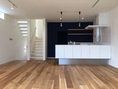 Flat Screen, Garage Doors, Outdoor Decor, Home Decor, Blood Plasma, Decoration Home, Room Decor, Flatscreen, Home Interior Design