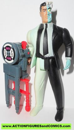 batman animated series TWO FACE 1992 kenner hasbro toys action figures fig