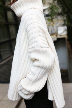 White sweter