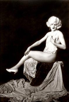 Ziegfeld Girl - 1920s  Photo: Alfred Cheney Johnston