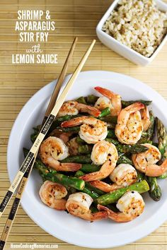 Shrimp and Asparagus Stir Fry with Lemon Sauce -- a quick & easy healthy dinner that is perfect for springtime