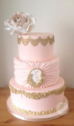 Blush and Gold  - Cake by The Snowdrop Cakery