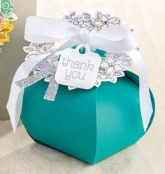 curvy keepsake box
