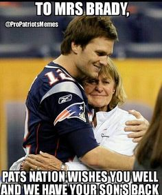 """New England Patriots quarterback Tom Brady says his mother Galynn is doing """"really well"""" as she recovers from breast cancer Football Memes, Football Season, Football Team, Basketball Memes, New England Patriots Football, Patriots Fans, New England Patroits, Tom Brady Goat, Tom Brady And Gisele"""