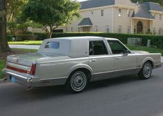 1987 Lincoln Town Car Formal