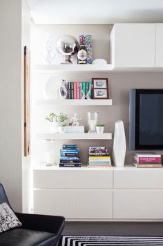 sleek cabinetry in lounge room via The Design Files Living Room Interior, Living Room Decor, Ikea Floating Shelves, Open Shelves, Ikea Billy Bookcase, Barrister Bookcase, Muebles Living, Bookcase Styling, The Design Files