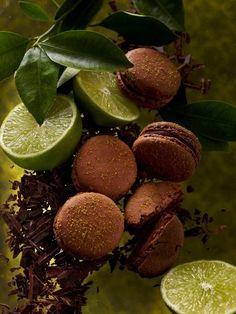 Macaron au chocolat & citron vert by Pierrè hermé