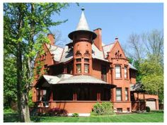 House on Scioto Street, Urbana Victorian Homes Exterior, Victorian Architecture, Victorian Houses, Historic Architecture, Wood Architecture, Fancy Houses, Old Houses, Dream Houses, Second Empire