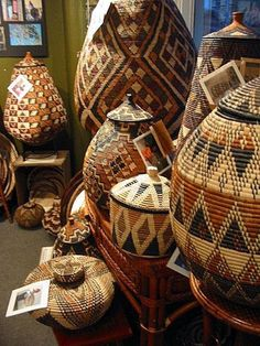 Creative Ideas for Modern Decor with Afrocentric African Style - African Crafts, African Home Decor, African Art, African Style, African Interior Design, African Design, Home Living, Living Room, Tribal Art