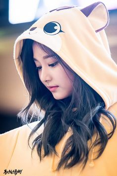 Tzuyu_ I vote for   Girl Cute Korean Girl, Cute Asian Girls, Beautiful Asian Girls, Cute Girls, Cute Girl Pic, Stylish Girl Pic, Korean Beauty, Asian Beauty, Girl Pictures