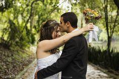 Casamento religioso.  Wedding. Casamento na Igreja.  Amor. Love forever. Fotografia. Fotos. Photos. Photography. Ideias.  First look. Primeiro olhar. Noivos.