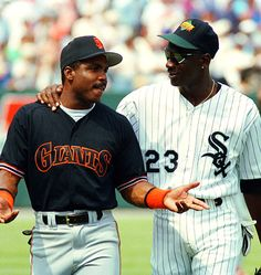 Great photo of Barry Bonds and Michael Jordan Michael Jordan Basketball, Nike Air Jordan 11, Jordan 23, San Francisco Giants Baseball, Sports Images, Sports Pics, Sports Art, Sport Icon, Baseball Players