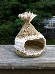 Large Hamster gerbil or mouse house  critter onion  by MauveMoose  >>> Yeah, the really small ones shouldn't be forgotten!