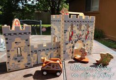 GIVEAWAY ~ Diggin Active Castle Boxset and Dollhouse Boxset ~ Imaginative Toys that Travel Anywhere ~ ARV $50