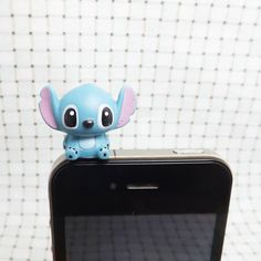 Cute Interstellar Baby Alien Rubber Blue Stitch Dust Plug 3.5mm Cell Phone Plug iPhone 4 4S 5 5S Plug Samsung Charm Headphone Jack Ear Cap