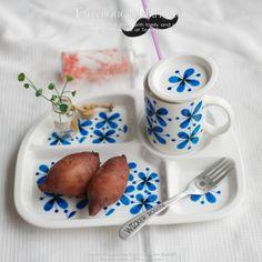 요즘 촉촉하고 달콤한 호박고구마가 제철이라 그런지 너무 맛있네요 유난히 고구마를 좋아하는 작은빈이 한...