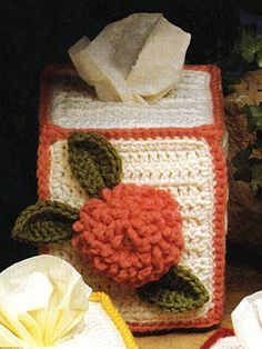Zinnia Tissue Cover free pattern