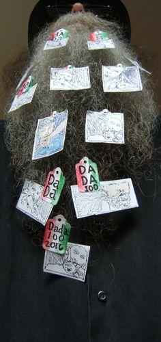 BEARD GALLERY - Opere di Sinclair Scripa installate sulla mia barba (Galleria Pensile)