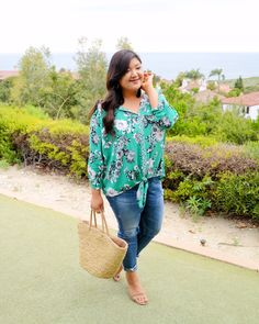 Styling a green floral plus size top from Stitch Fix for summer! What I Wore, Dress To Impress, Stitch Fix, Style Ideas, Plus Size Outfits, Plus Size Fashion, Real Life, Floral Tops, Curvy