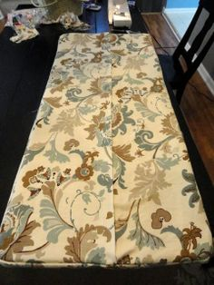 Rachel's Nest: DIY bench cushion - envelope style so can be washed !!!!! AWESOME!
