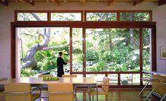http://trendslidingdoors.com/wp-content/uploads/2012/03/Big-Glass-Sliding-Patio-Door.jpg