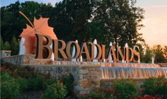 Broadlands Fountain Entry Sign. Colorful, maple leaf, water feature.