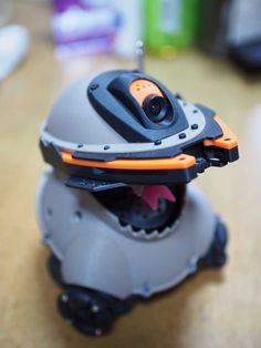 I am designing and creating original robots and mechanics. Mobile Robot, I Robot, Amazing Spiderman, Diy Electronics, Technology Gadgets, Arduino, Cool Toys, Vape, 3d Printer
