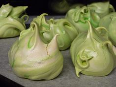 Cthulhu Meringues Garlic, Treats, Vegetables, Green, Cthulhu, Recipes, Envy, Food, Cookies