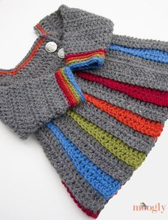 Eloise Baby Sweater :: free crochet pattern in 0-6 mths, 6-12 mths, 18mths, and 2T: from the Moogly Blog!