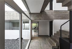 Gallery of Boreas Building / Martín Aloras - 4