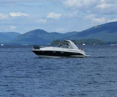 Rent a boat on Lake George