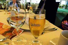 Pivo Laško. Die Stadt ist nicht nur für ihre Therme bekannt, sondern auch für ihr Bier ... Hotels, Restaurant, Flute, White Wine, Alcoholic Drinks, Champagne, Tableware, Glass, Food