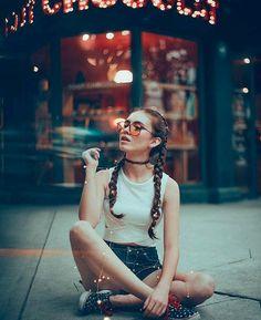 "15 photo ideas as a model for your friend ""the aspiring photographer"" – … - Art Tumblr Photography, Girl Photography Poses, Creative Photography, Fashion Photography, Street Photography, Scenery Photography, Photography Lessons, Beauty Photography, Shotting Photo"