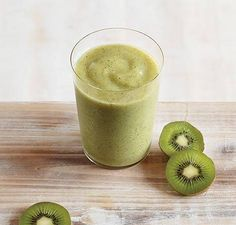 Key Lime Kiwi Smoothie | Vitamix (sub in a low FODMAP sugar/maple syrup instead of honey & the pear ?? Hmm) sounds yummy