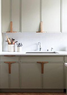 kitchen @blogscrush // jolies poignées de meubles de cuisine !