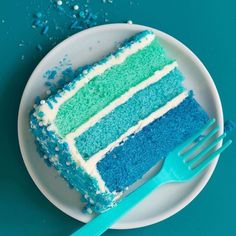 Three layers of deliciously light vanilla cake colored in an ombré of Country Club pool blues! Pool Birthday Cakes, Pool Party Cakes, 13 Birthday, Ocean Cakes, Beach Cakes, Mini Cakes, Cupcake Cakes, Cupcakes, Swimming Cake