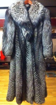 Luxury Beautiful Fur Coat of Silver Fox | eBay