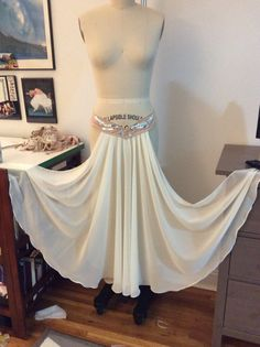 Tear away panel skirt 2 panels shaped belt
