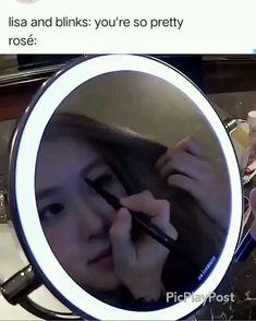 Rose Video, Blackpink Video, Blackpink Memes, Funny Kpop Memes, Blackpink Funny, Kim Jisoo, Black Pink Kpop, Blackpink Photos, K Idols