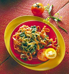 Tomato-Basil Fettuccine With Spinach-Cheese Sauce