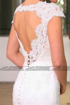 I'm never Gina get married but if I did I would want a back like this on my dress!!