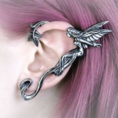 Clap if you believe in fairies and exercising the right to decorate your ears. Your faith will never be questioned when you wear this Whispering Fairy Ear Wrap.
