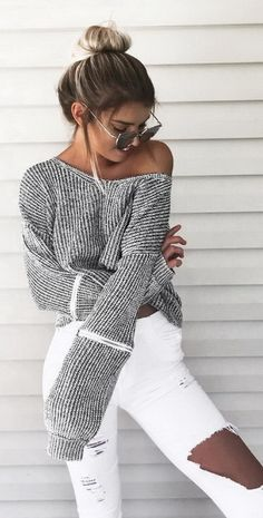 Ciara - Shop cozy cropped knitted sweaters NOW! FREE SHIPPING on orders $50. WORLDWIDE DELIVERY! Chokers included and zippers.