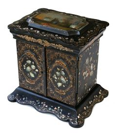 1850 papier-mache and mother of pearl Jewelry Box